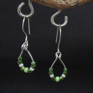 boucles d'oreille fil argent perles vertes