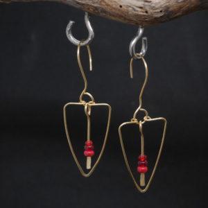 Boucles d'oreilles Moë or et rouge